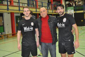Onur Ulusoy ve babası Süleyman Ulusoy (ortada)