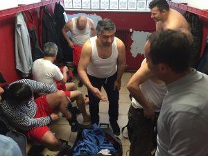 Türkspor soyunma odası maçtan önce
