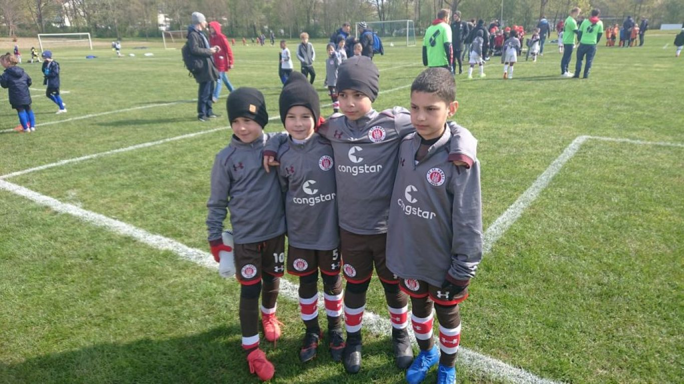futbolexpress_05162_