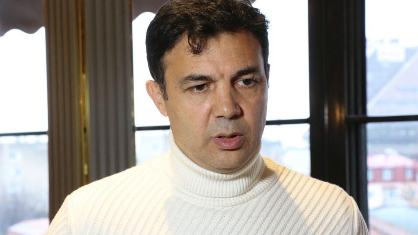 Hasan Özer, Shkupi'nin yeni teknik direktörü oldu