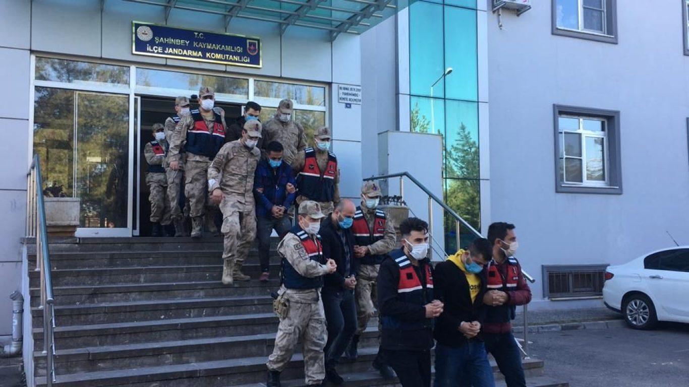 Gaziantep'te kayıp olarak aranan kişinin ölü bulunmasına ilişkin iki zanlı tutuklandı