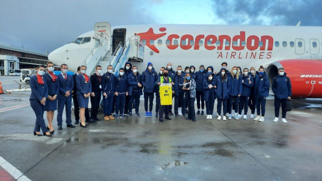 Fenerbahçe Opet Kadın Voleybol Takımı'na özel uğurlama