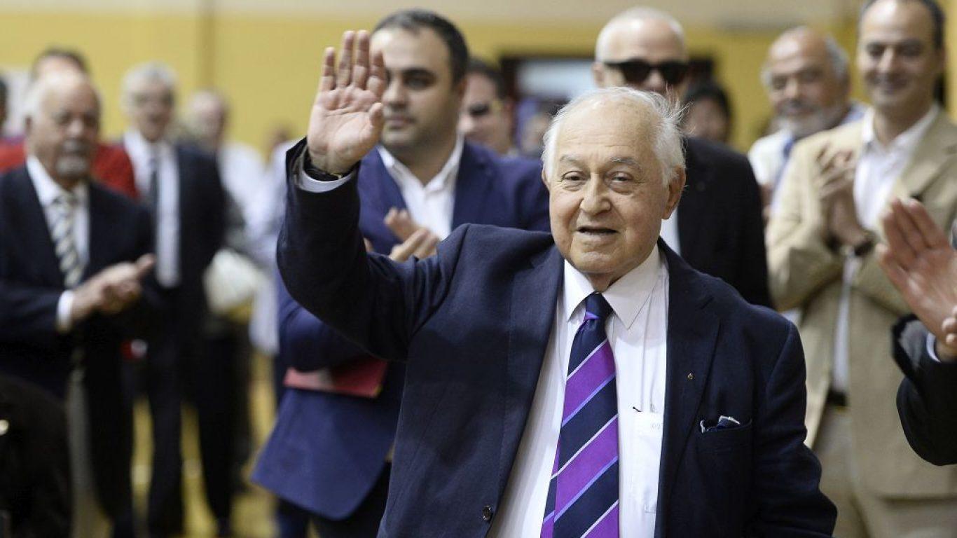 Galatasaray Kulübü'nün eski başkanı Duygun Yarsuvat hayatını kaybetti