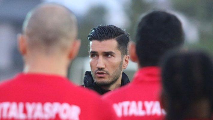 Antalyaspor'da Nuri Şahin'in ekibi netleşiyor